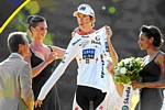 Andy Schleck sur le podium du Tour de France 2009