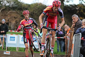 Fast start for the Vanthourenhout bros
